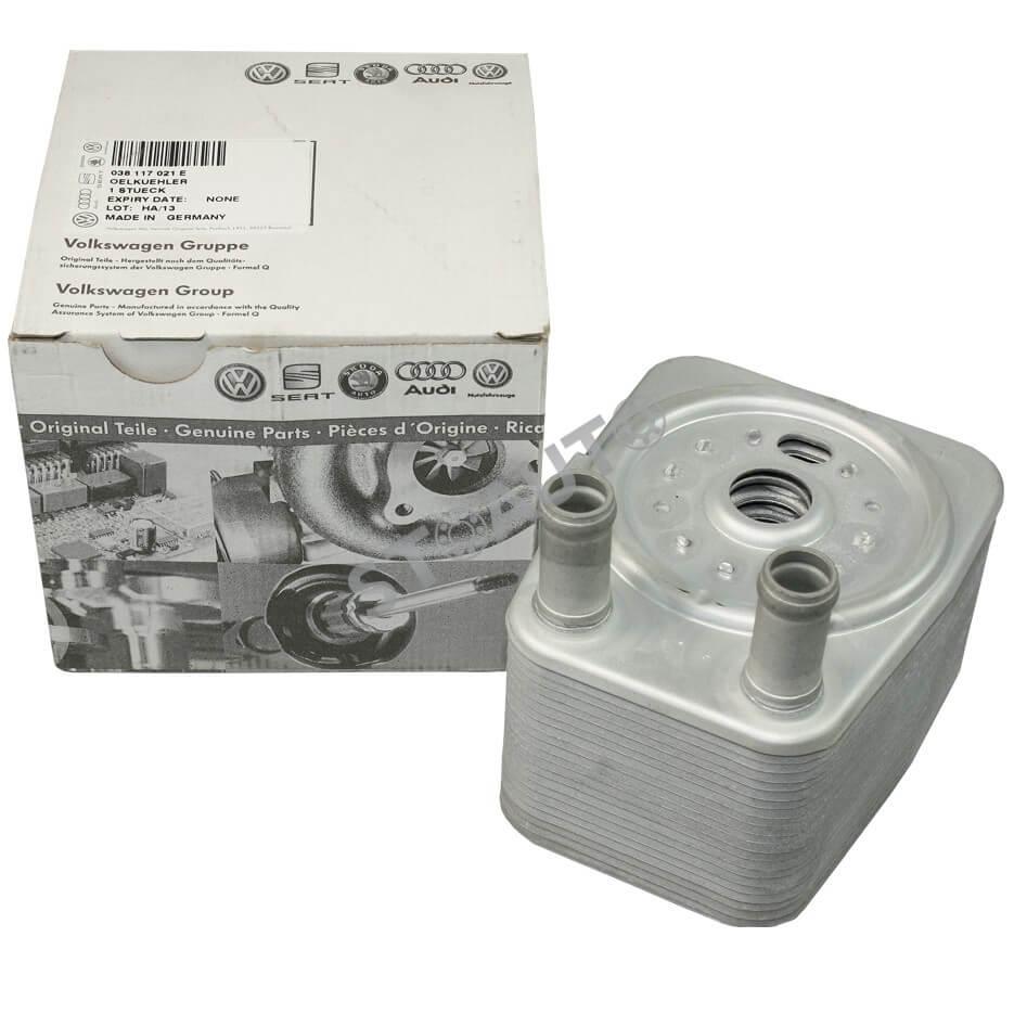 038117021E Radiator ulei, ulei motor OE